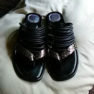 Donald J. Pliner sandals size 8
